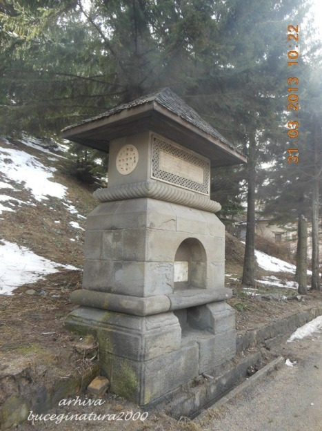 1905 b