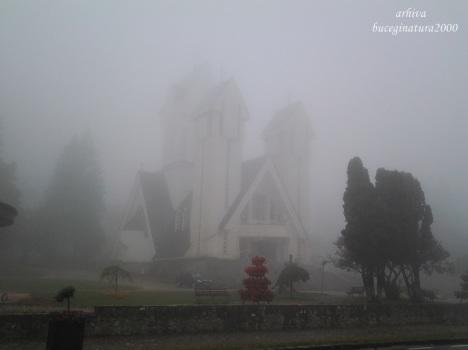 biserica din parcul nou predeal